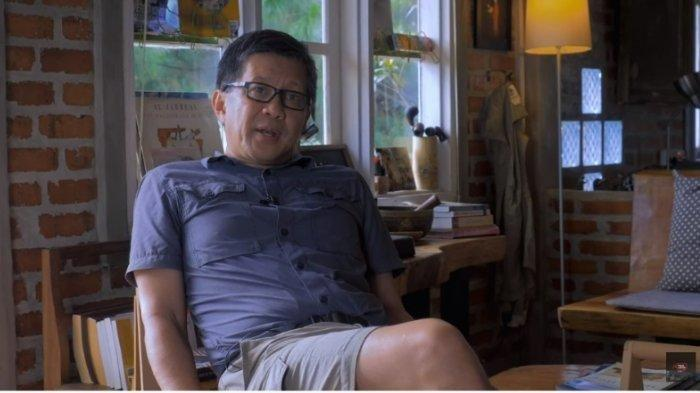 Rocky Gerung kini tanggapi penangkapan Munarman.