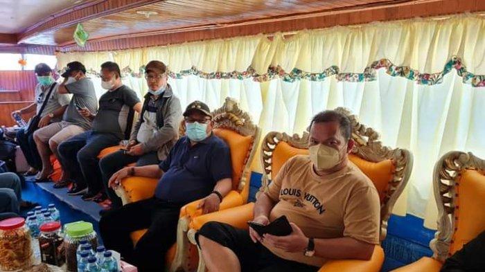 Rombongan Bupati dan Wakil Bupati Talaud Melayat di Rumah Duka Almarhum Wabup Sangihe