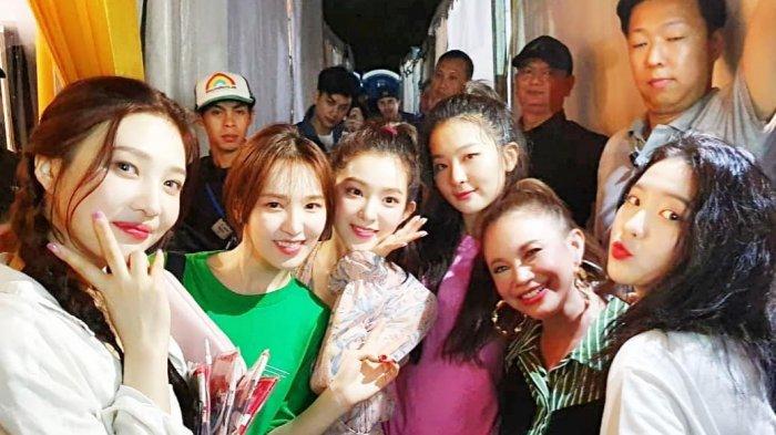 Rossa Beri Peringatan Kepada Red Velvet Sebelum Tampil