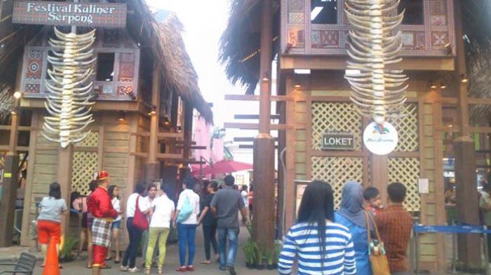 Rumah asli adat Tongkonan dari Suku Toraja