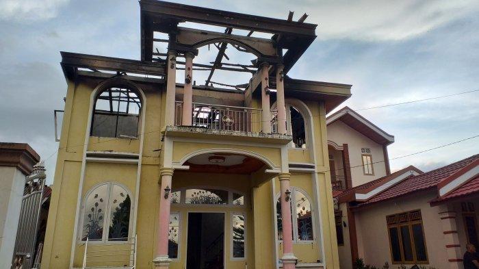 Rumah Milik Alda Hangus Terbakar, BPBD Kota Manado Turun Tangan Berikan Bantuan