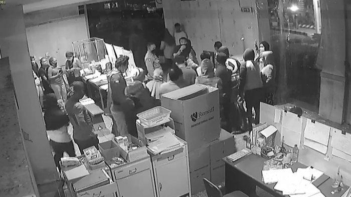Viral Video Massa Ambil Paksa Jenasah dari Ruang Isolasi Covid-19 di RS Manembo- Nembo Bitung