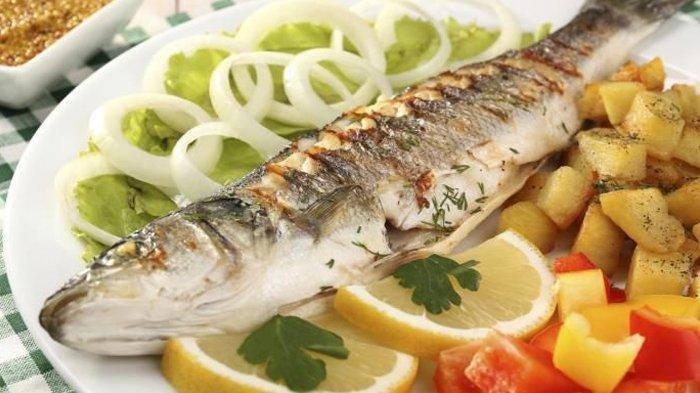 Rutin Makan Ikan Ternyata Bisa Turunkan Risiko Stroke dan Gagal Jantung