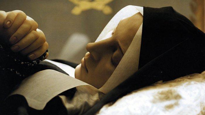 6 Mayat Terkenal Dipajang di Museum, Jasadnya Awet, Saint Bernadette s/d Pemimpin Revolusi Komunis