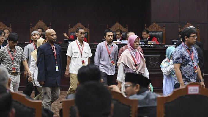 FAKTA TERBARU Sidang Sengketa Pilpres: 17 Saksi Prabowo-Sandi Hanya Diladeni KPU dengan Utus 2 Ahli
