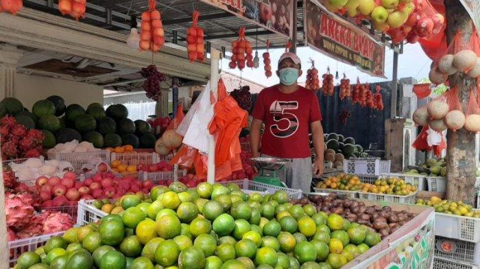 Meski PPKM, Penjual Buah di Kotamobagu Raih Untung Hingga Rp 15 Juta Sebulan