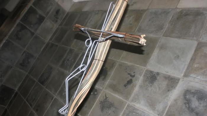 Pemuda GMIM Pecahkan Rekor MURI Salib Paskah
