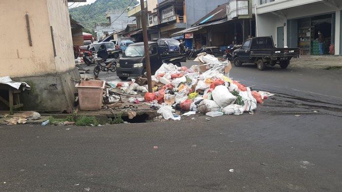 Penanganan Sampah di Pasar Beriman Belum Maksimal, Warga Sering Keluhkan Bau Busuk