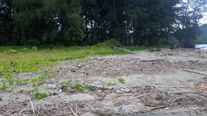 Sampah Plastik Masih Jadi Musuh di Pulau Tenggelam Binarean