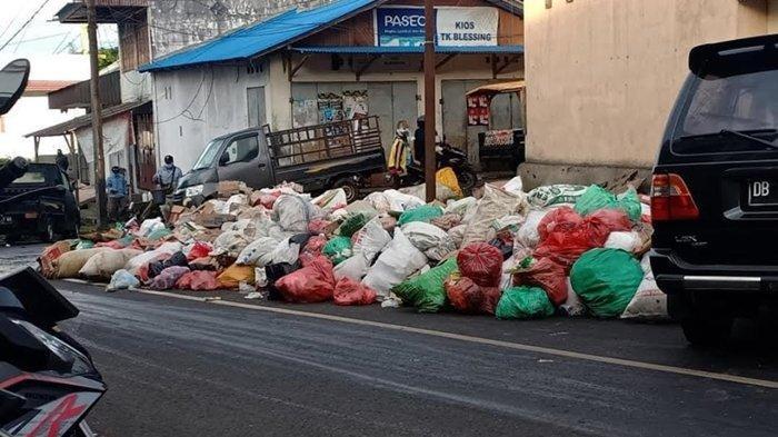 1 Minggu Sampah di Pasar Beriman Tomohon Tak Diangkat, Warga Mulai Keluhkan Bau Busuk