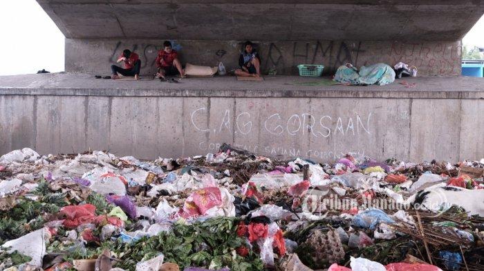 PD Pasar Buat Tempat Sampah Sementara di Pasar Bersehati