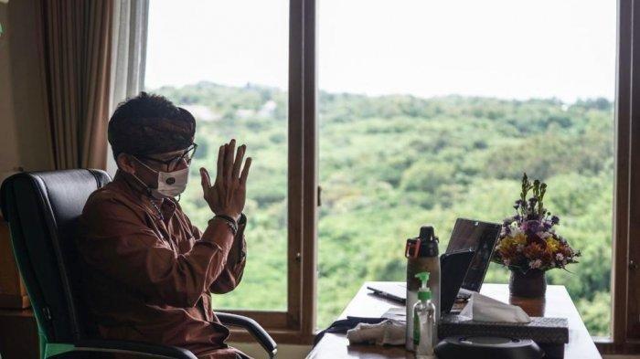 Sandiaga Uno Buktikan Program Work From Destination Bisa Berjalan, Berkantor di Bali
