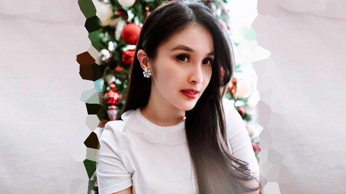 Sandra Dewi Tampil dengan Busana Terbuka, Inul Daratista Sampai Beri Komentar Ini