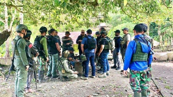 Satgas Nemangkawi di Distrik Beoga, Kabupaten Puncak, Kamis (15/4/2021) - Aparat gabungan TNI-Polri mengklaim telah menguasai camp-camp yang sebelumnya dikuasai oleh kelompok teroris KKB Papua.