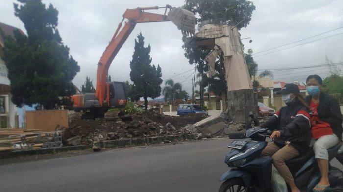 Prabowo Subianto Gelontorkan Miliaran Rupiah, Bangun Kembali Monumen Schwarz di Langowan Minahasa