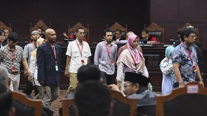 Pengamat Politik : Saksi 02 Justru Perkuat Dugaan Kecurangan Kubu Prabowo-Sandiaga