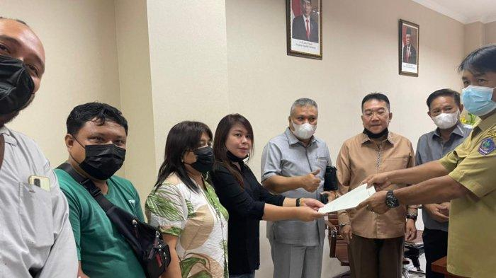 Warga GPI Mengeluh ke DPRD Sulut, Kondisi Jalan Rusak Berat dan Tak Ada Penerangan