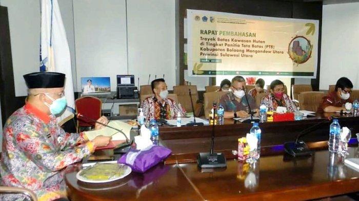 Sekda Bolmut Hadiri Rapat PTB Kawasan Hutan Kabupaten Bolmut, Ini 5 Poin Penting yang Dibahas