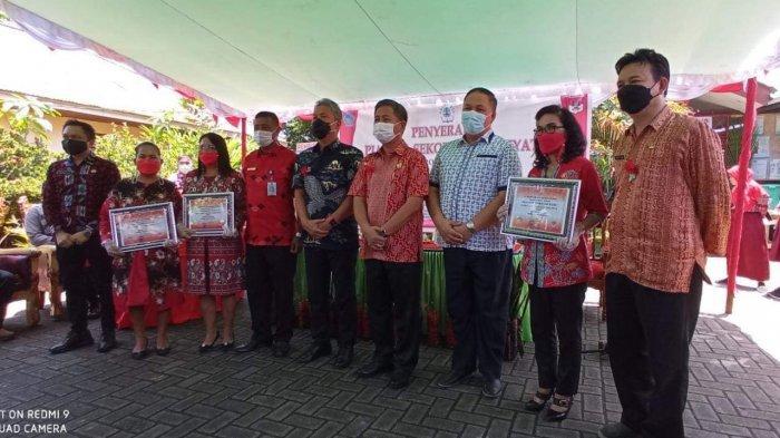 Tiga Sekolah di Minahasa Selatan Dapat Piagam Sekolah Adiwiyata Tingkat Provinsi
