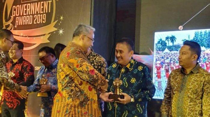 Walikota Manado Raih Penghargaan Indonesian Creative Leader 2019
