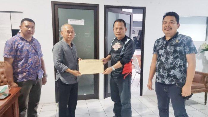 Terima SK dari Gubernur Sulut, Sulhan Manggabarani Segera Dilantik Wakil Ketua DPRD Bolmong