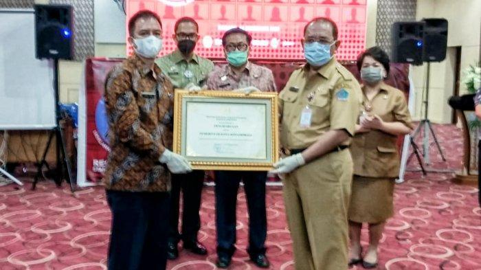 Sekkot Sande Dodo Kotamobagu Jemput Penghargaan Kota Peduli HAM