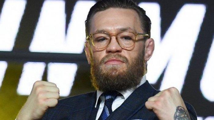 Jawaban Satir Conor McGregor Ketika Ditanya Para Penggemar di Media Sosial