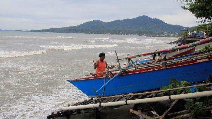 Hujan Angin Kencang dan Petir Sepanjang Hari, BMKG Imbau Warga Waspada di Wilayah Ini