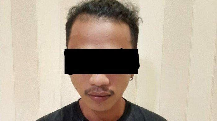 Pria ini Marah Besar Pergoki Istrinya dan Siswa SMA Berciuman di Kuburan Pukul 01.00, Beri 9 Tikaman