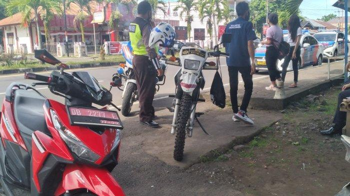 Motor Dinas Kepala Desa di Minsel Kena Tilang, Pengendaranya Tidak Pakai Helm dan Tidak Punya SIM