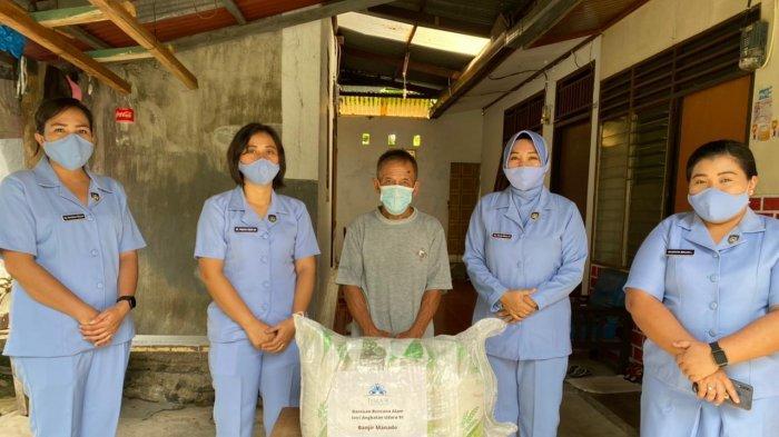 Pia Ardhya Garini Cabang 9  Daerah II, Lanud Sam Ratulangi Manado, Serahkan Bantuan bencana alam di Manado