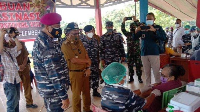 Danlantamal I Wayan Ariwijaya, Wali Kota Bitung Maurits dan Wawali Hengky Tinjau Serbuan Vaksin