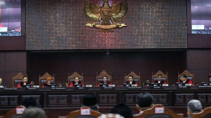 Ini 21 Butir Dalil Prabowo-Sandi yang Ditolak MK