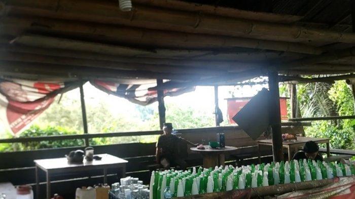 Teguk Saguer Manis di Kios Tepi Jurang Tanggari Minahasa Utara, Sebotol Cuma Rp 5.000