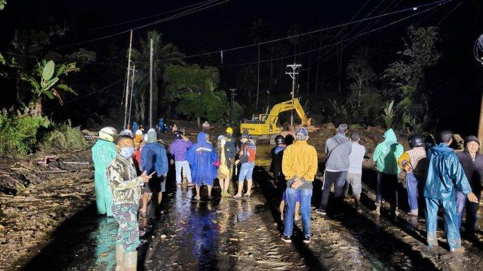 Dandim Minahasa BKO Dua Koramil Bantu Penanganan Pasca Banjir di Minahasa Tenggara