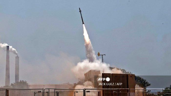 Perang Israel dan Palestina. Lebanon luncurkan 3 roket rudal ke Israel Bantu Palestina.