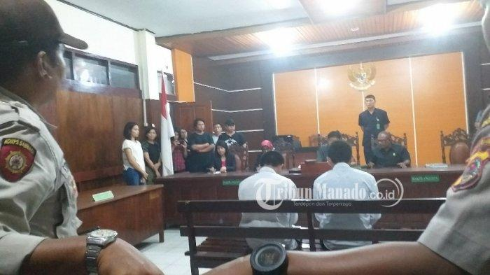5Fakta Sidang Vonis Siswa Bunuh Guru, 2 Pelaku Ingin Jadi Pendeta, Keluarga Korban Teriak Bebaskan