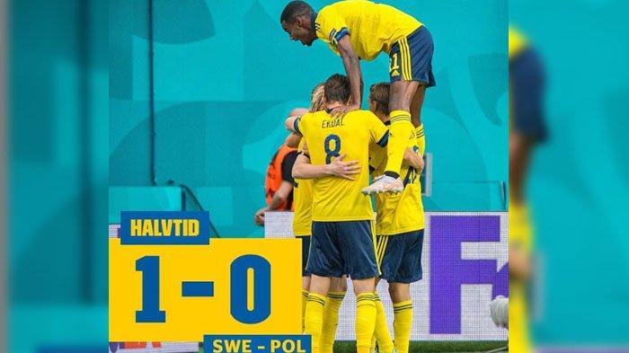 SKOR Babak Pertama Swedia VS Polandia, Emil Forsberg Cetak Gol Cepat