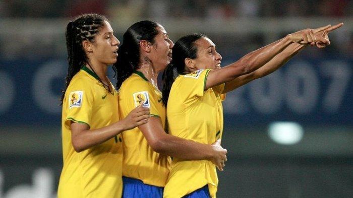 Junjung Semangat Kesetaraan di Sepak Bola, Timnas Putra dan Putri Brasil Akan Terima Gaji yang Sama