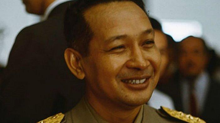 Aksi Soeharto Menyamar untuk Cek Langsung Pembangunan, Tidur di Rumah Warga Hingga Makan Seadanya