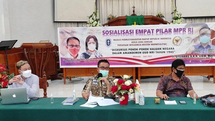 Senator SBANL Sosialisasikan Empat Pilar MPR ke Pelsus dan Pakar di GMIM Bethesda Manado