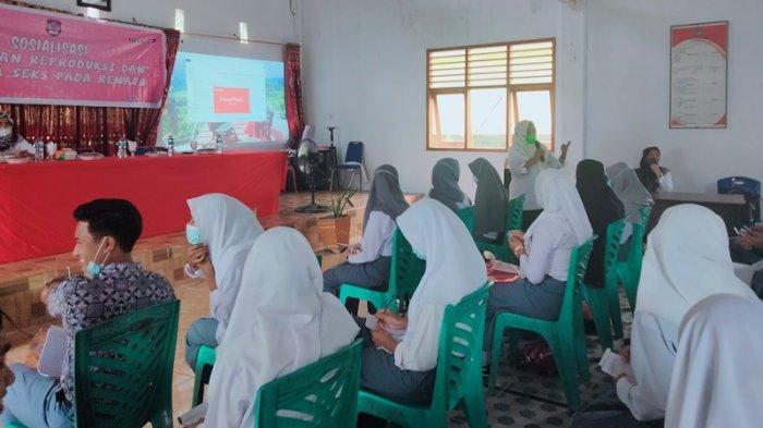 Dinas PPKBP3A Gelar Sosialisasi Kesehatan Reproduksi pada Remaja