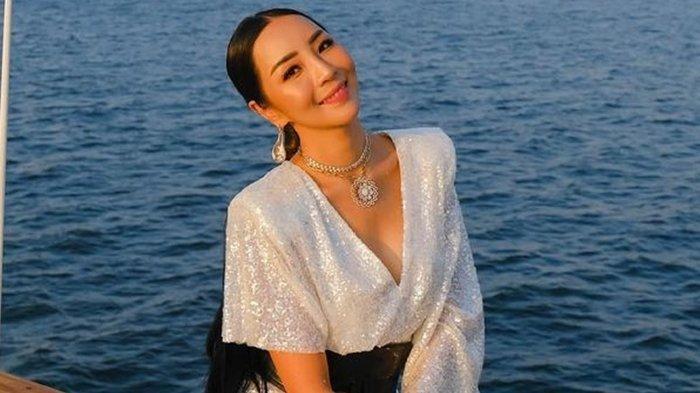 Sosok Airyn Tanu, Pengusaha Berlian yang Buatkan Cincin Pernikahan untuk Ria Ricis
