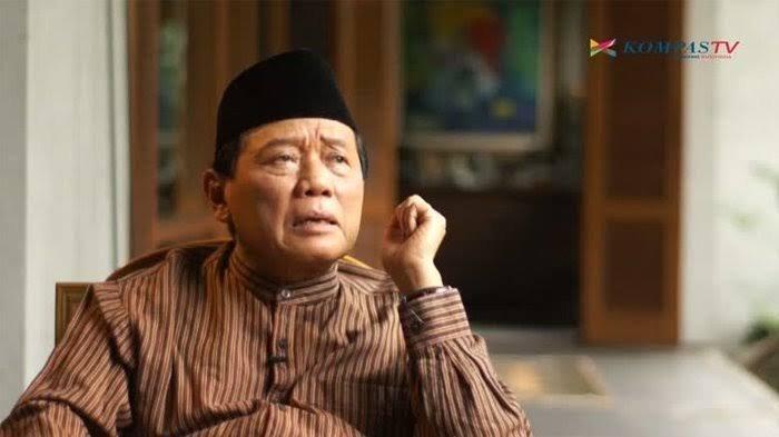 Sosok Harmoko, mantan Ketua DPR/MPR RI yang meminta Soeharto mundur dari jabatan Presiden 1998.