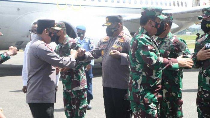 Strategi Tumpas KKB Papua, Kapolri dan Panglima TNI Sambangi Papua, Beri Misi ke Satgas TNI-Polri