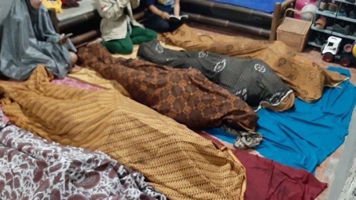 Satu keluarga yang terdiri dari suami istri dan tiga anak meninggal akibat kebakaran di permukiman Bumi Permai Sentosa, Legok, Kabupaten Tangerang, Jumat (23/10/2020) dini hari.
