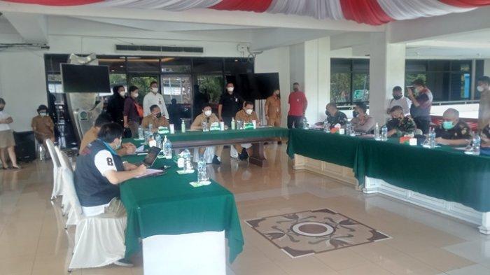 Covid-19 Varian Delta Mulai 'Menerjang' Instansi Pemerintah di Manado, Andrei Angouw Wajibkan Swab