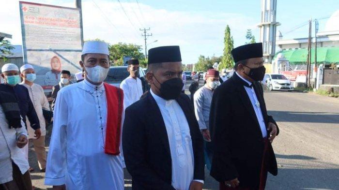 Ustad Gifranda Mooduto Ajak Masyarakat Bolsel Menabung untuk Berkurban di Idul Adha