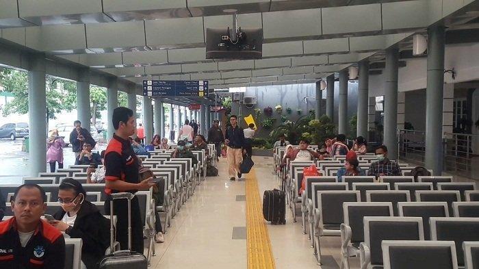 Yang Terjadi di Stasiun Kereta Api Pada 2 Pekan Terakhir