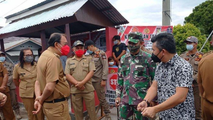 Suasana pelaksanaan peresmian dan pengukuhan Kecamatan Kawangkoan sebagai kelurahan tangguh
